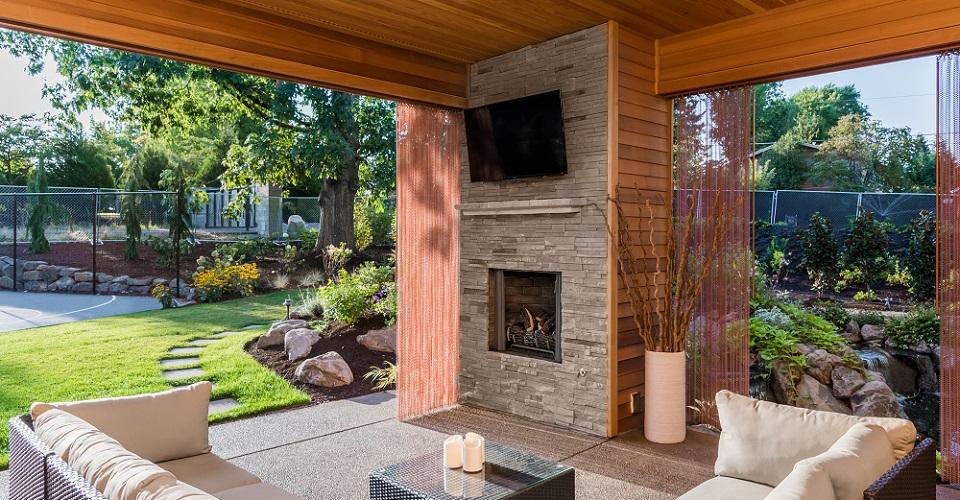 Storm Shell Outdoor TV Enclosure
